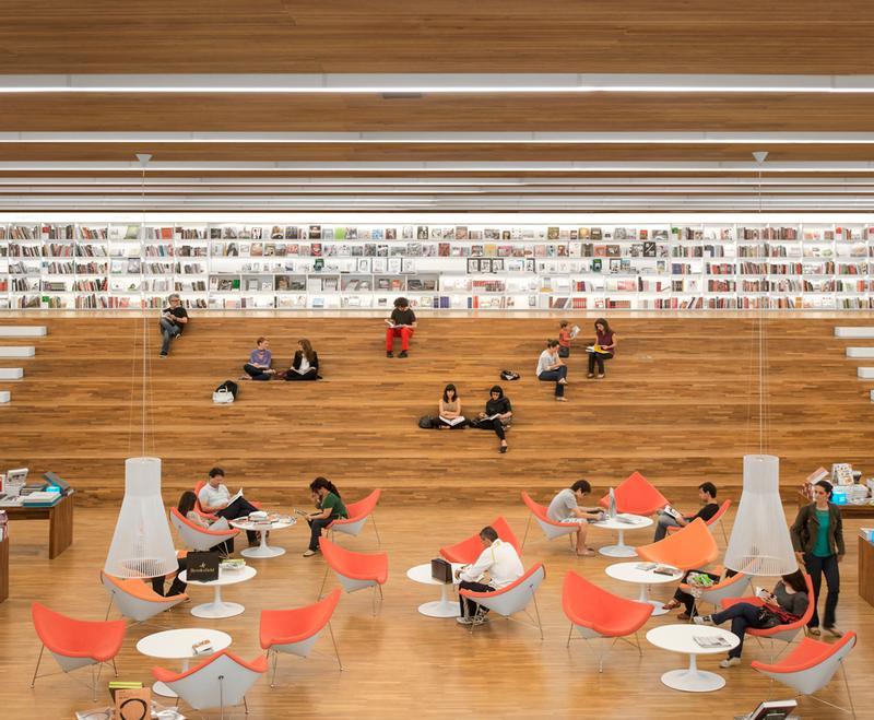Cultura_bookstore(1) / Fernando Guerra