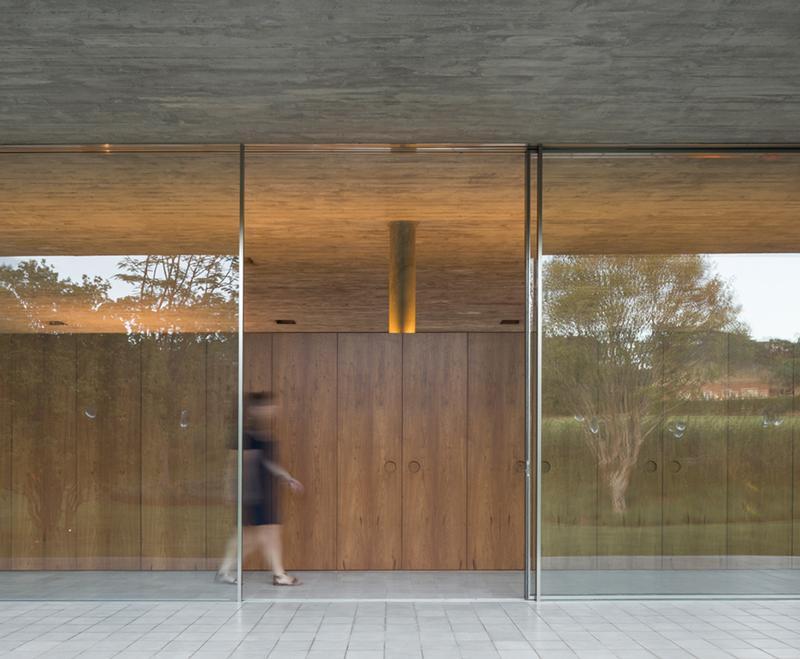 Redux_house(3) / Fernando Guerra